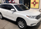 2011 Toyota Highlander SE 4-Door SUV